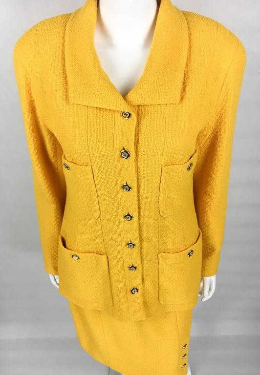Chanel Yellow Boucle Wool Skirt Suit - Circa 1982 In Excellent Condition For Sale In London, GB