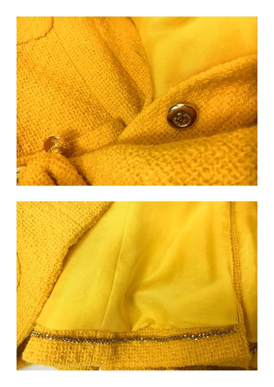 Chanel Yellow Boucle Wool Skirt Suit - Circa 1982 For Sale 5