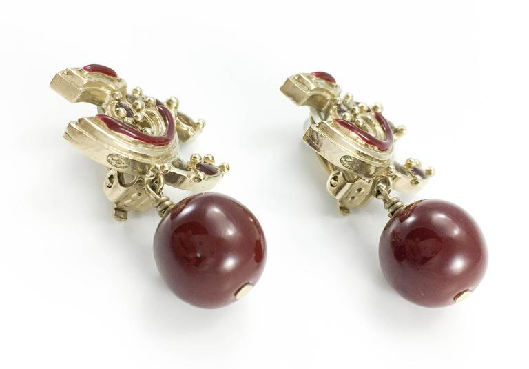 Chanel Paris-Bombay Collection Red Gripoix Dangling Earrings - Circa 2012 7