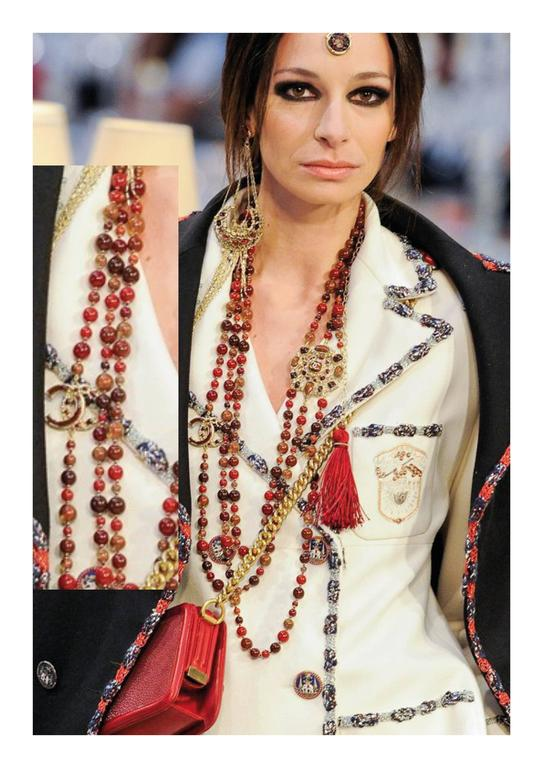 Chanel Paris-Bombay Collection Red Gripoix Dangling Earrings - Circa 2012 10