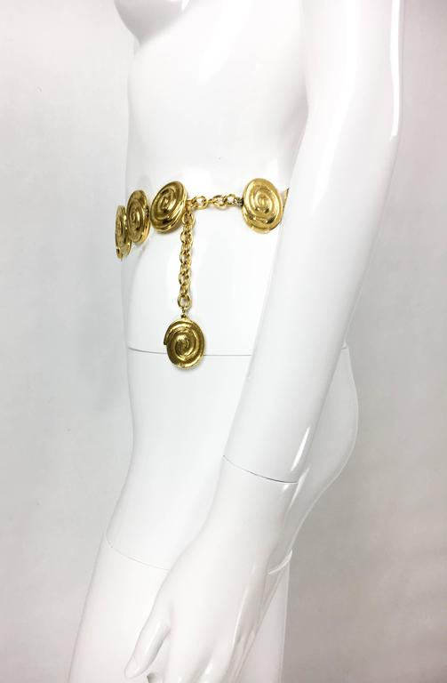 Yves Saint Laurent Gold-Plated 'Spiral' Belt / Necklace - 1980's In Excellent Condition For Sale In London, Chelsea