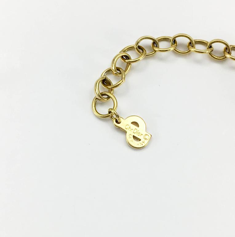 Dior Faux Pearls and Diamanté Flower Necklace - 1990's For Sale 5