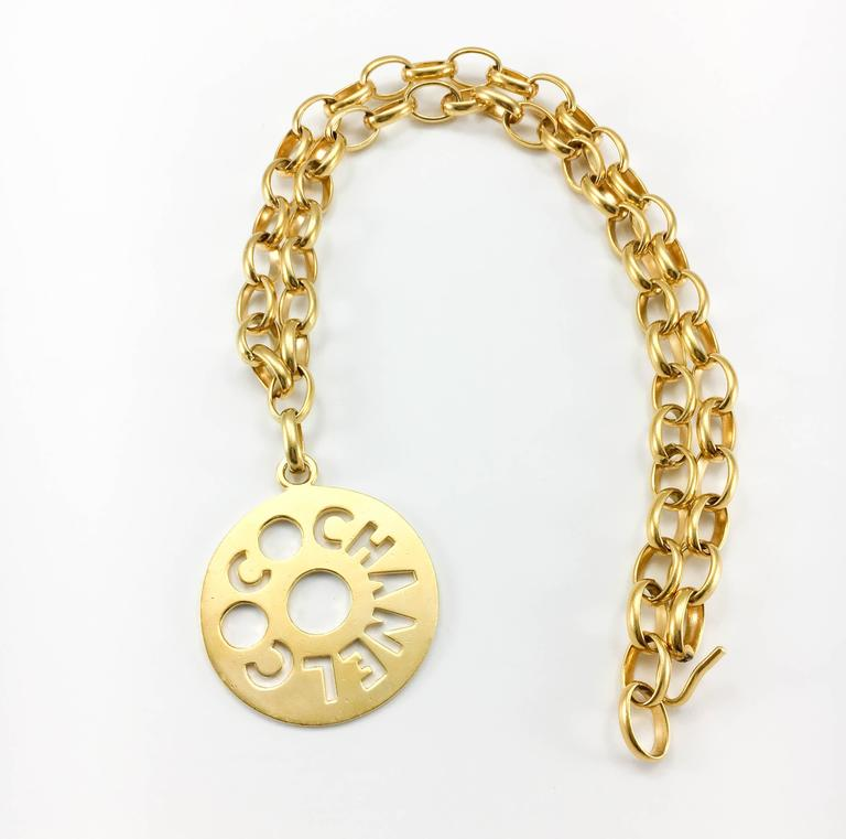 Chanel Chunky Gold-Tone 'Coco Chanel' Disk Pendant Chain Necklace - 1970's For Sale 4