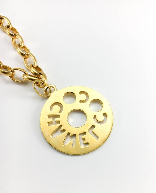 Chanel Chunky Gold-Tone 'Coco Chanel' Disk Pendant Chain Necklace - 1970's For Sale 5