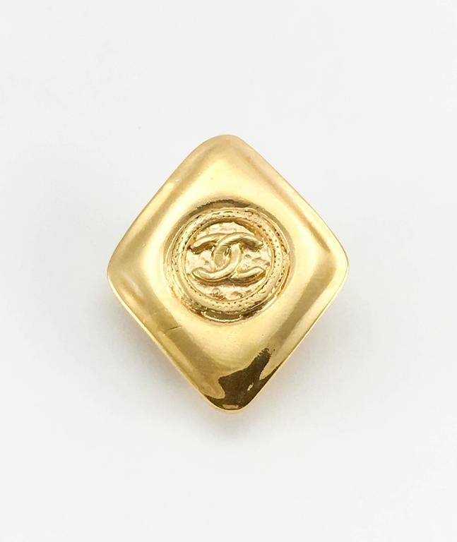 1980's Chanel Gold-Plated Lozenge-Shaped Logo Earrings 5