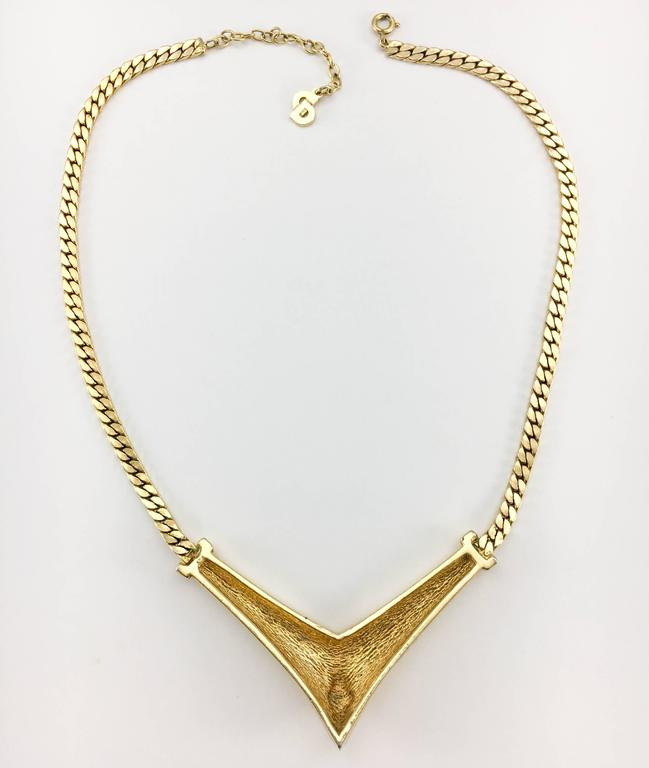 1980s Dior Enamelled Gilt Necklace For Sale 3