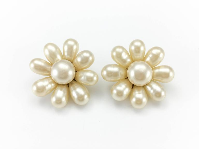 1970's Chanel Gripoix Pearl Flower Earrings 3