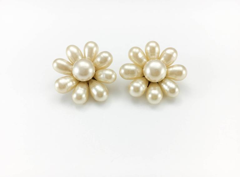 1970's Chanel Gripoix Pearl Flower Earrings 5