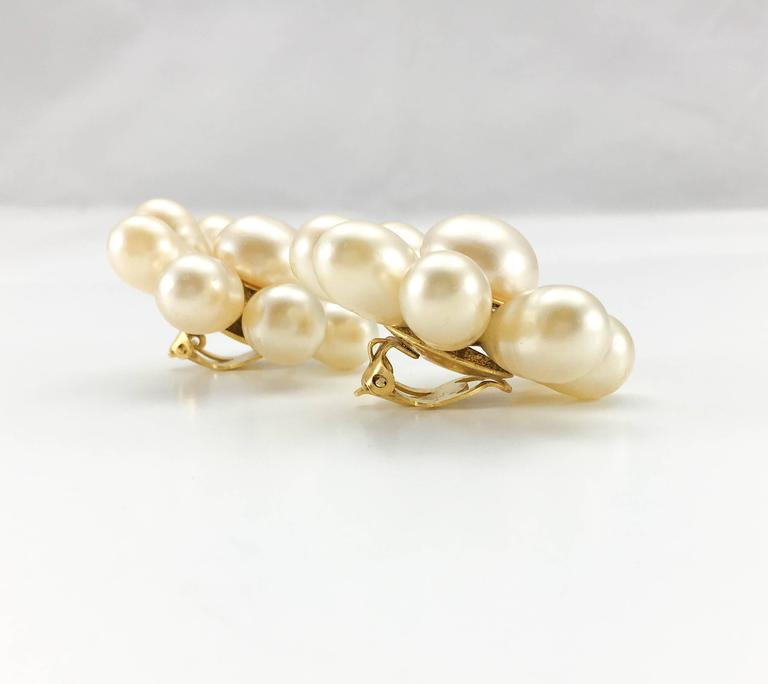 1970's Chanel Gripoix Pearl Flower Earrings 8