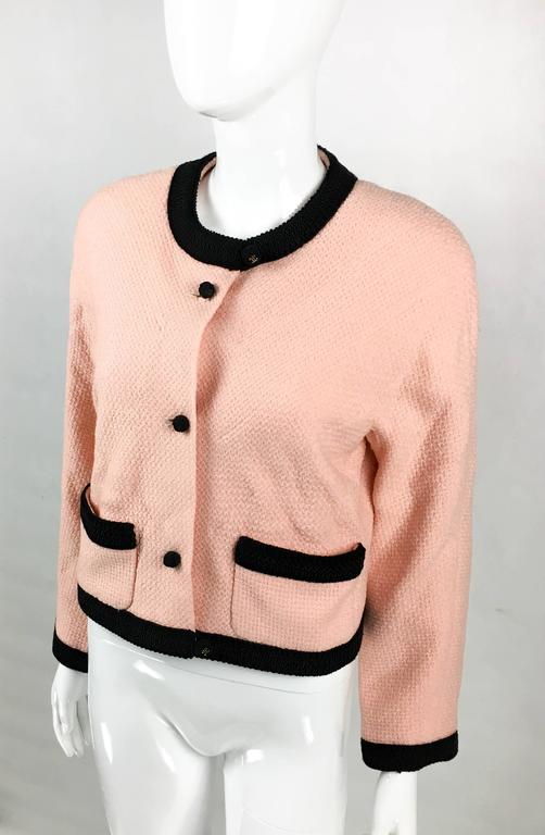 Women's 1990s Chanel Pink Tweed Cropped Jacket For Sale