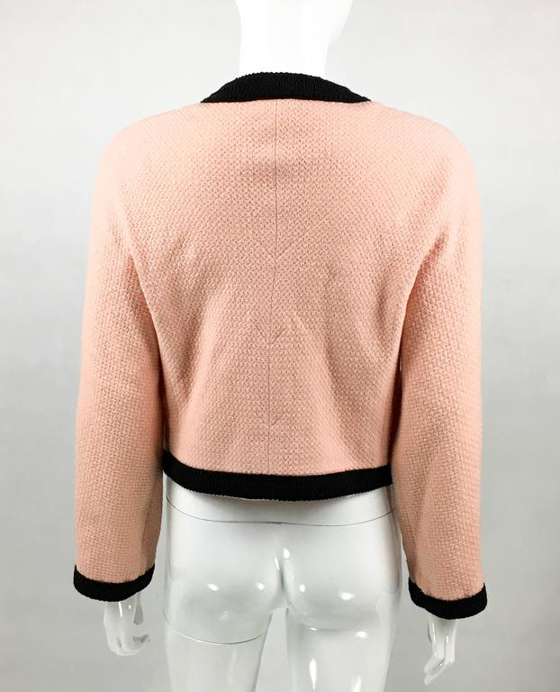 1990s Chanel Pink Tweed Cropped Jacket For Sale 2