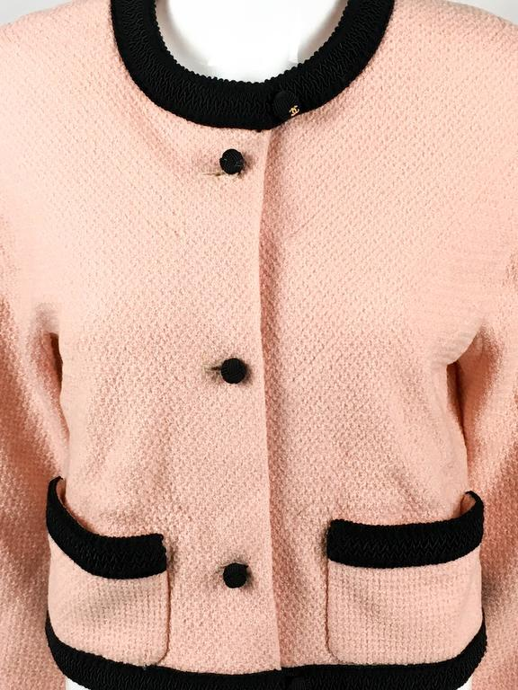 1990s Chanel Pink Tweed Cropped Jacket For Sale 3