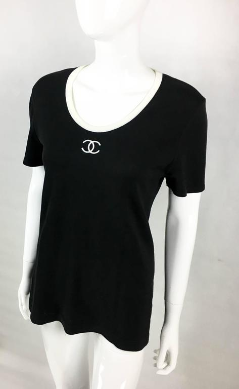 1990s Chanel Black Cotton Jersey T-Shirt With White Logo For Sale 1