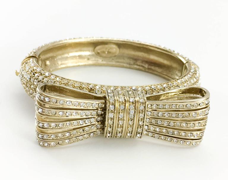 1980s Valentino  Gilt Diamanté Bow Bracelet For Sale 1