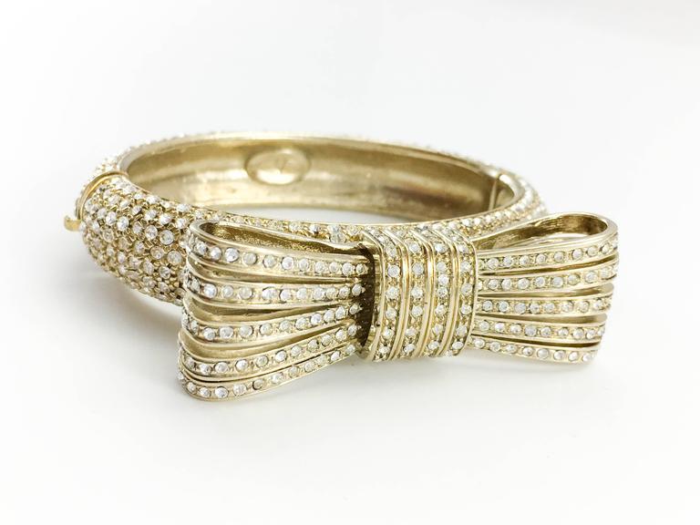 Women's 1980s Valentino  Gilt Diamanté Bow Bracelet For Sale