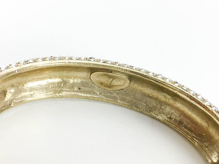 1980s Valentino  Gilt Diamanté Bow Bracelet For Sale 6