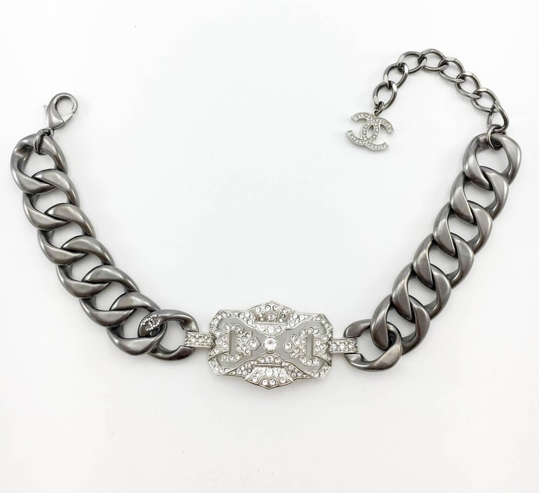 Chanel Runway Look Diamanté Embellished Gunmetal Coloured Chunky Chain Choker In Excellent Condition For Sale In London, Chelsea