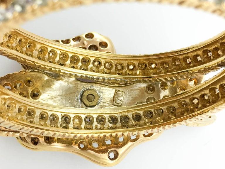 1990s Valentino Diamanté and Faux Amethyst Gilt Flower Bracelet For Sale 3