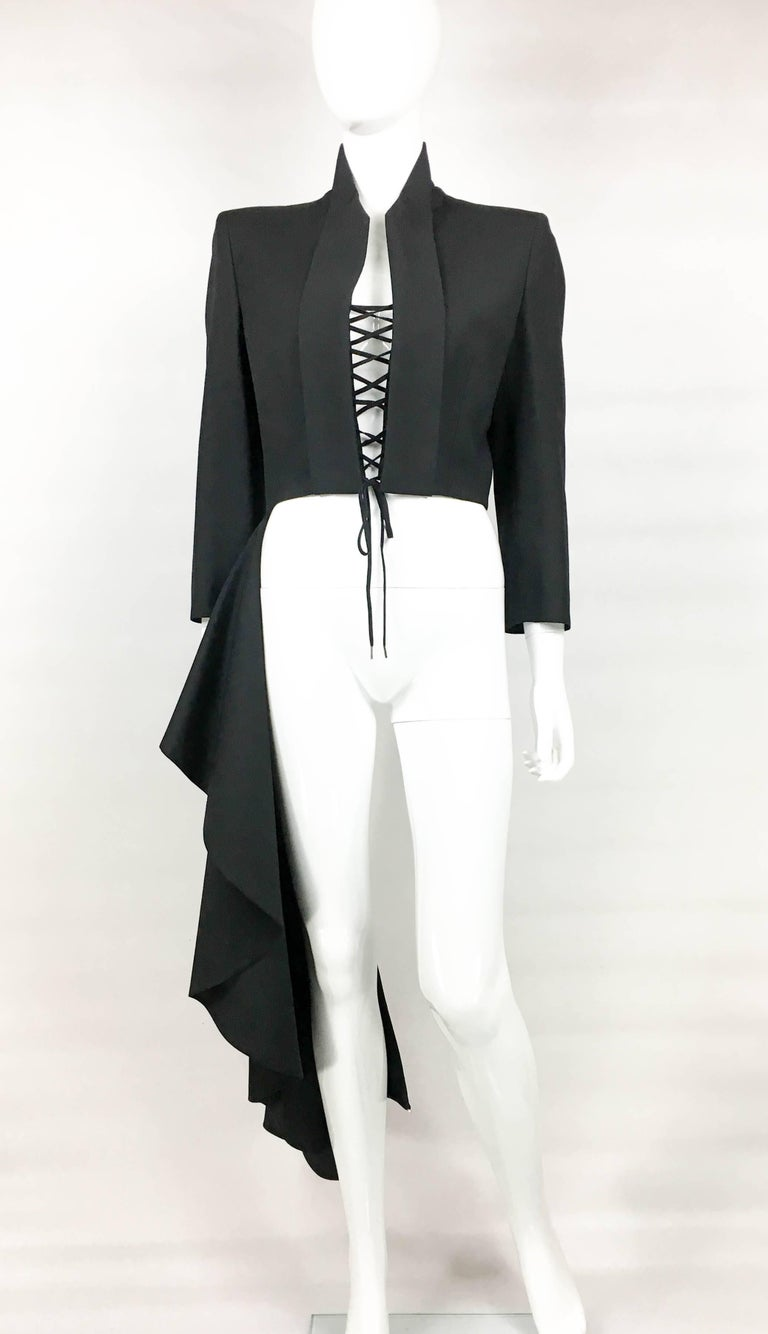 2002 Runway Alexander McQueen 'The Dance of the Twisted Bull' Matador Jacket In Excellent Condition For Sale In London, Chelsea