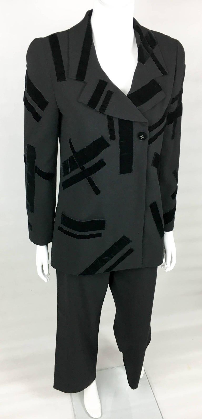 1998 Chanel Black Wool Trouser Suit With Velvet Details For Sale 2