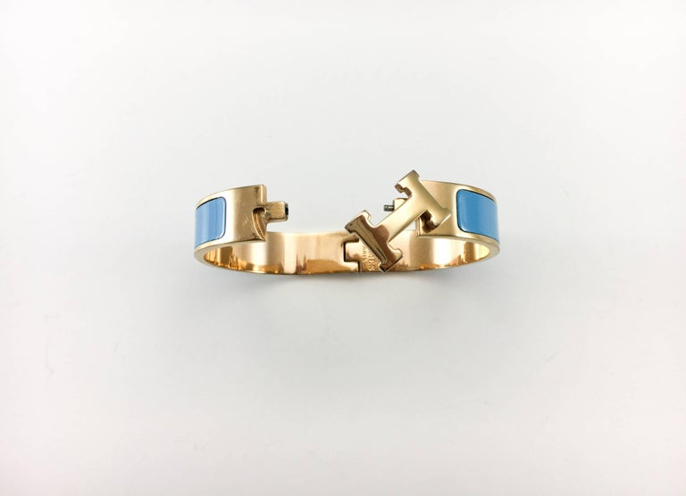 Hermes Rose Gold-Plated Clic Clac 'H' Blue Bracelet For Sale 2