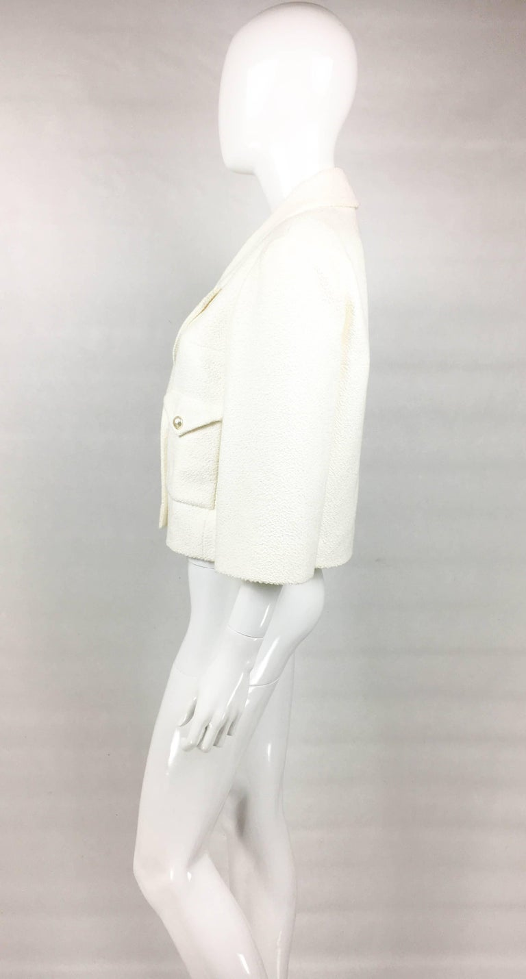 2012 Chanel Runway Look White Cotton Jacket With Faux-Pearl Buttons For Sale 2