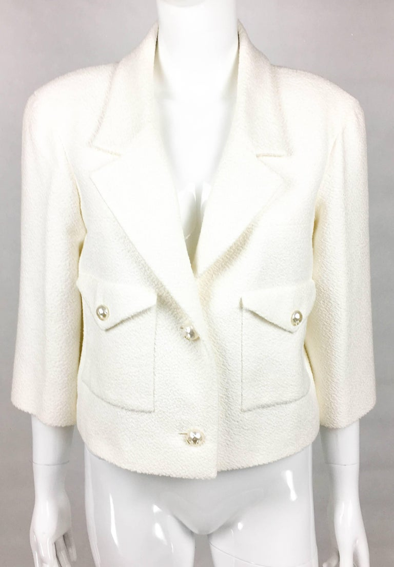 2012 Chanel Runway Look White Cotton Jacket With Faux-Pearl Buttons 3
