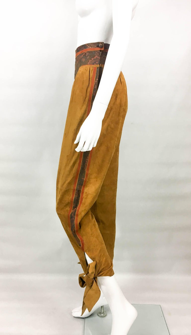 Roberto Cavalli Tan Suede Cropped Pants, 1980s  For Sale 2