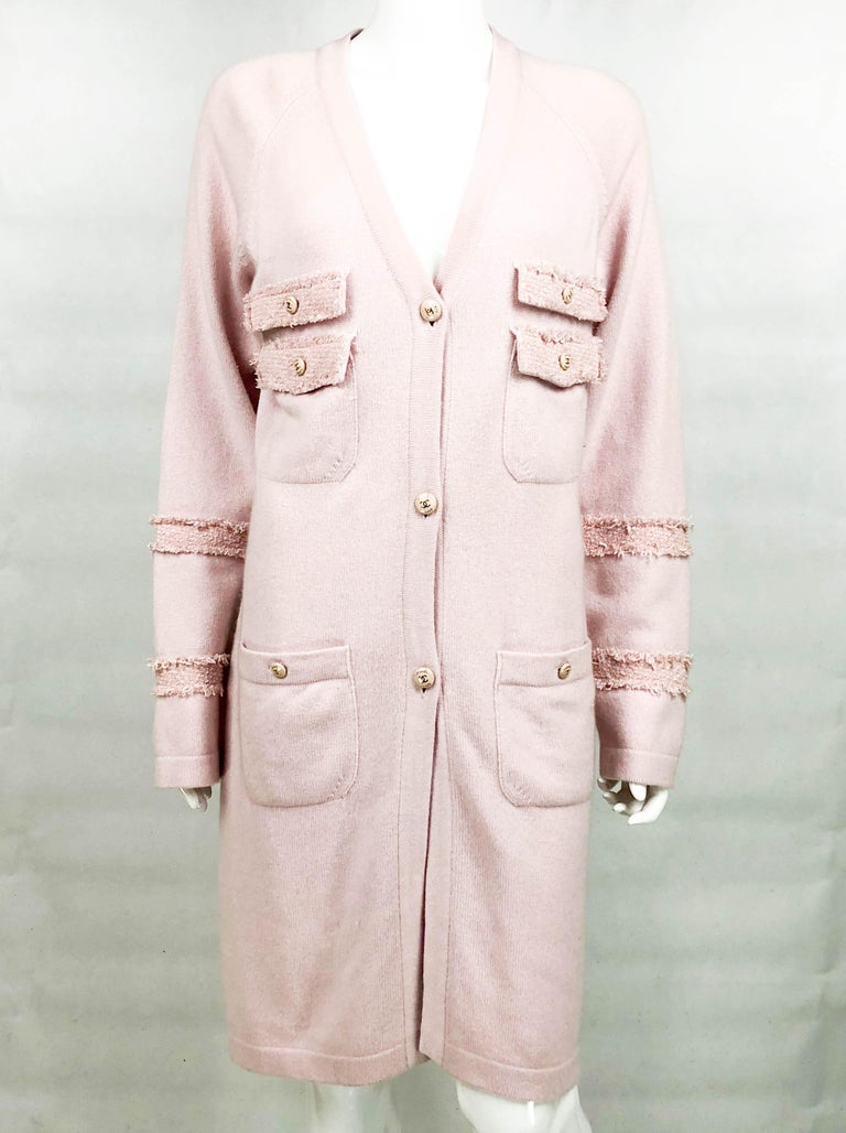 2009 Chanel Pink Cashmere Cardigan Dress With Enamelled Logo Buttons For Sale 1