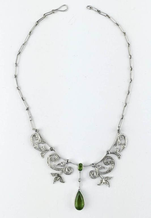 White Gold, Diamonds and Peridot Necklace - 1920s 6