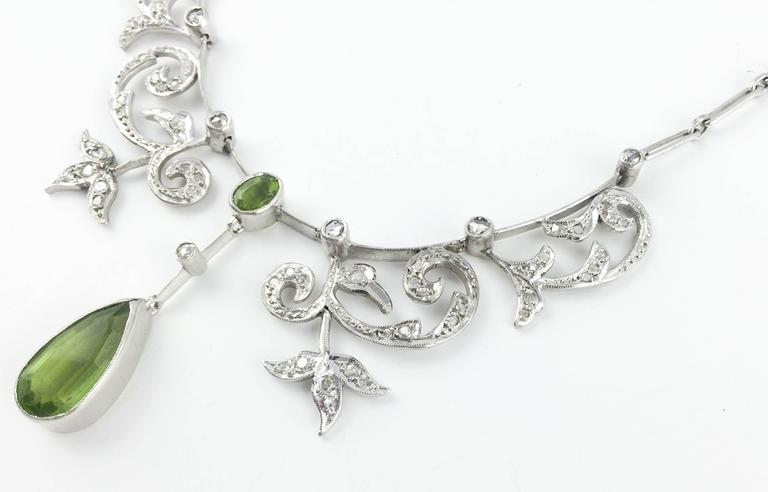 White Gold, Diamonds and Peridot Necklace - 1920s 5