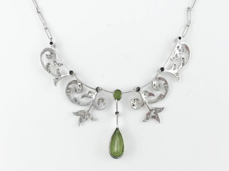 White Gold, Diamonds and Peridot Necklace - 1920s 9
