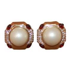 Ciner Vintage Mabe Pearl & Rhinestone Clip Earrings - circa 1980s