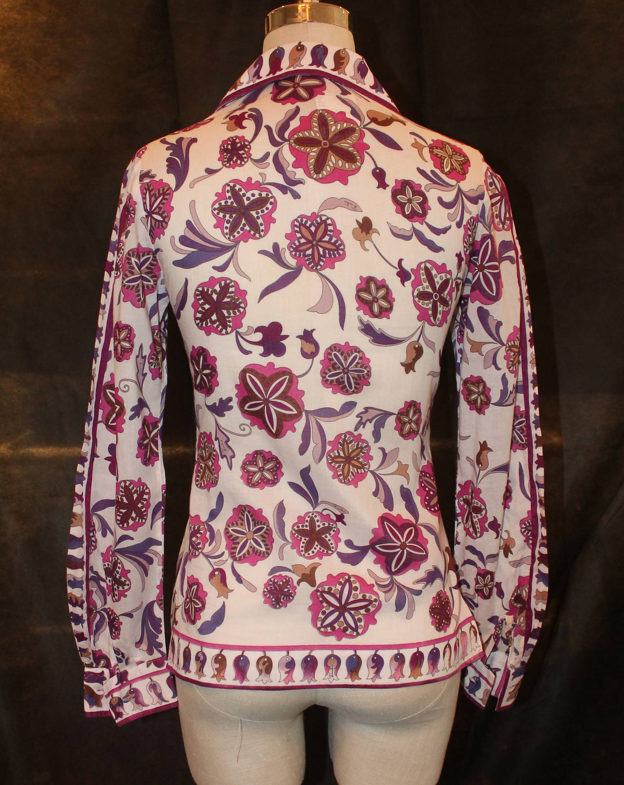 Pucci Vintage White, Purple, Pink Floral Print Jacket/Shirt - circa 1960s - S In Good Condition For Sale In Palm Beach, FL