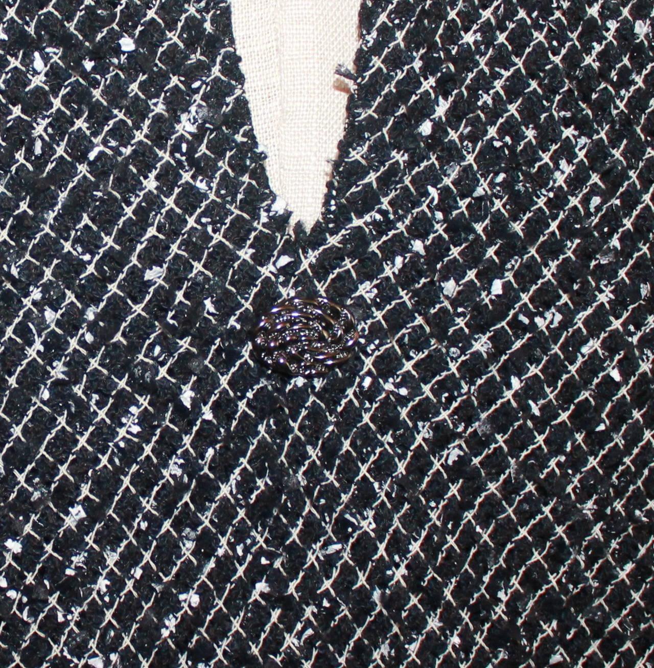 Chanel Black & White Tweed High-Low Dress - 38 4