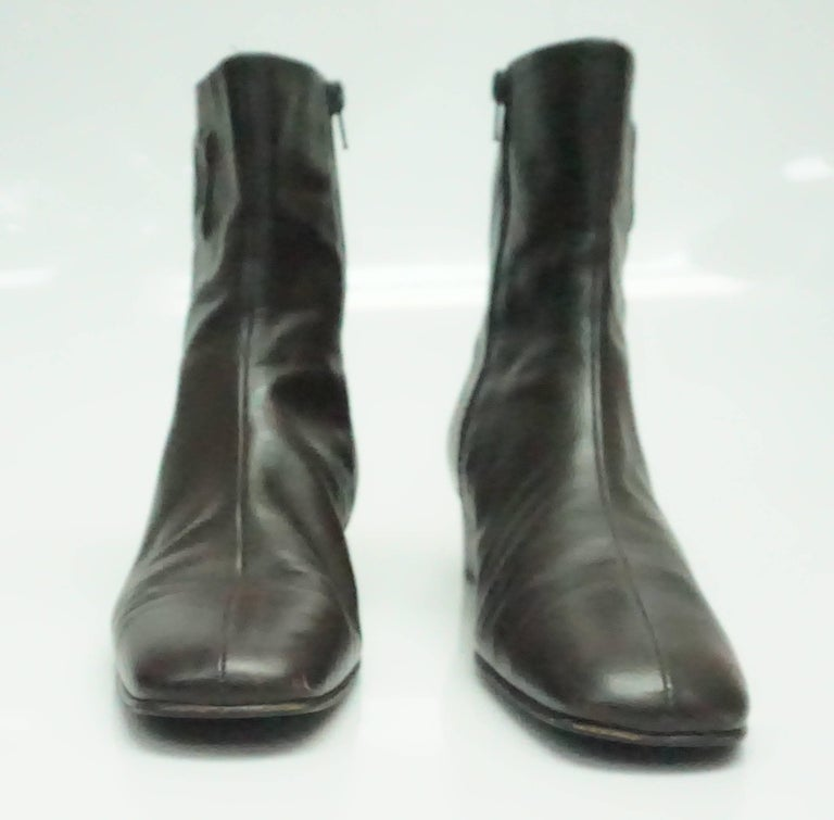 Salvatore Ferragamo Chocolate Brown Leather Short Boot - 9B In Good Condition For Sale In Palm Beach, FL
