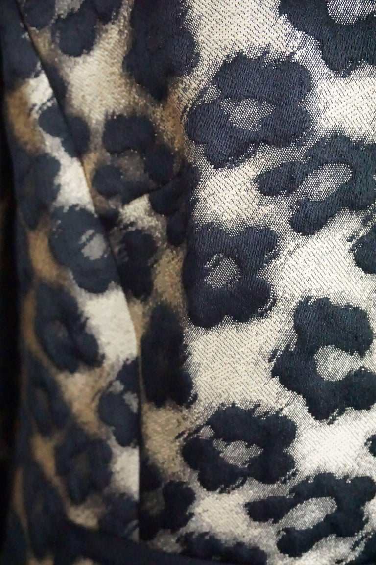 Women's Red Valentino Gold and Black Leopard Print Wool/ Polyester Blend Jacket - 8 For Sale