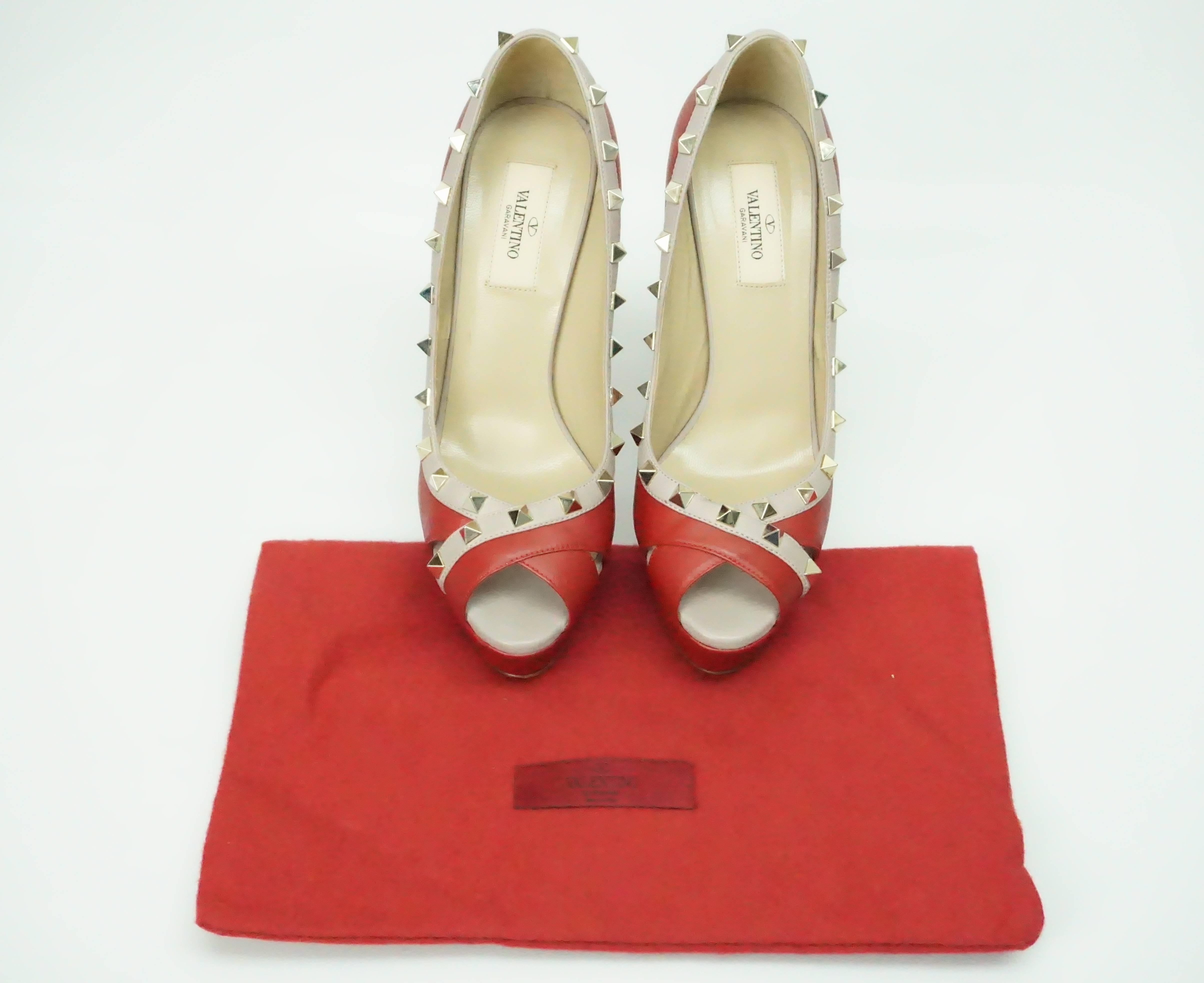 74a4c41e0b Valentino Red and Nude Rock Stud Peeptoe Platform with Spiked Heel - GHW - 38.5  For Sale at 1stdibs