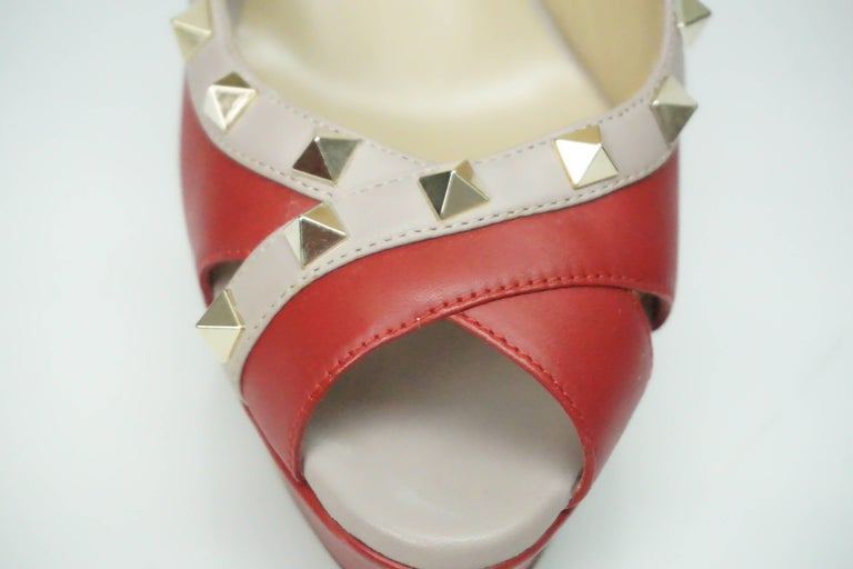 5fdef891b6 Valentino Red and Nude Rock Stud Peeptoe Platform with Spiked Heel - GHW - 38.5  For
