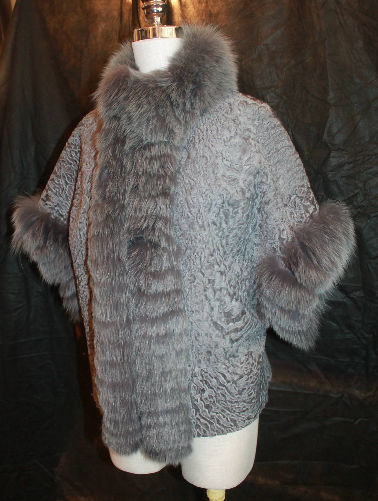 Olivia Preckel Grey Broadtail & Fox Fur Jacket - M. This fur is in excellent condition and has never been used.   Measurements: Sleeve Length- 11