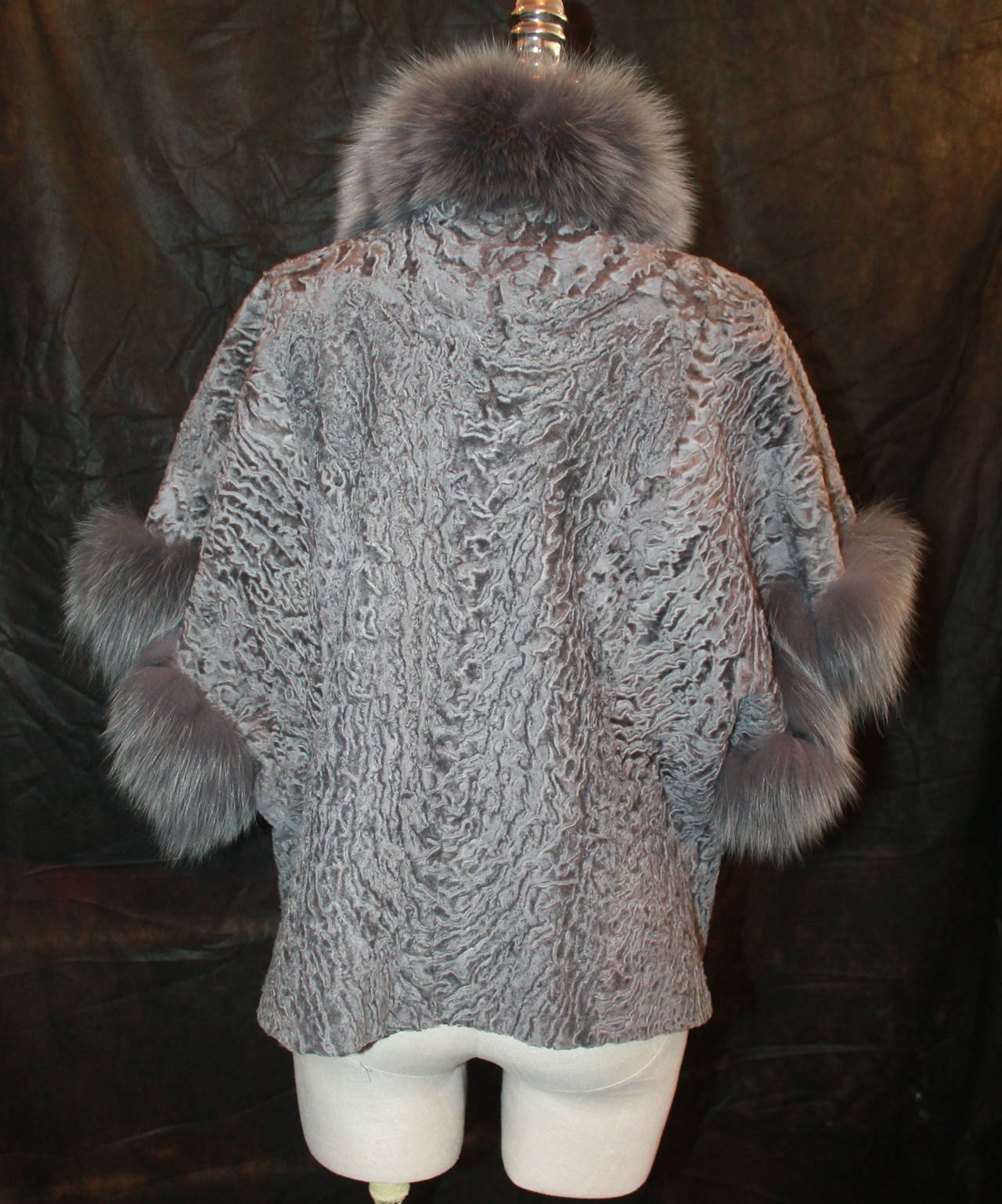 Olivia Preckel Grey Broadtail & Fox Fur Jacket - M In New Condition For Sale In Palm Beach, FL