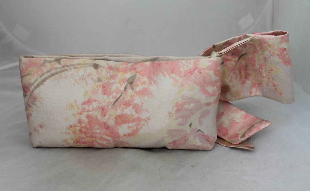 Valentino Tan & Pastel Pink Printed Bow Clutch. This clutch is in excellent condition. **There are matching shoes in stock**