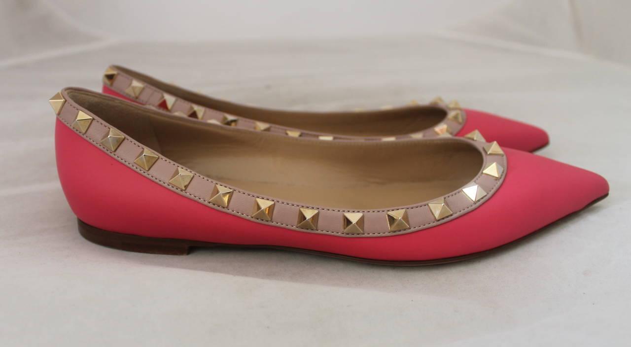3cd9735698f Valentino Brand New Hot Pink Rockstud Flats - 36 For Sale at 1stdibs