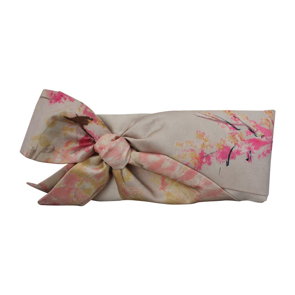 Valentino Tan & Pastel Pink Printed Bow Clutch For Sale