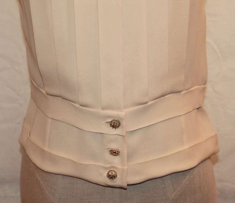 Chanel Ivory Silk Sleeveless shutter pleat top - sz 38 6