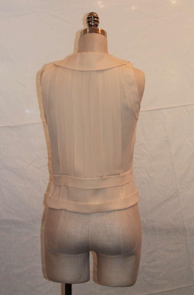 Chanel Ivory Silk Sleeveless shutter pleat top - sz 38 4