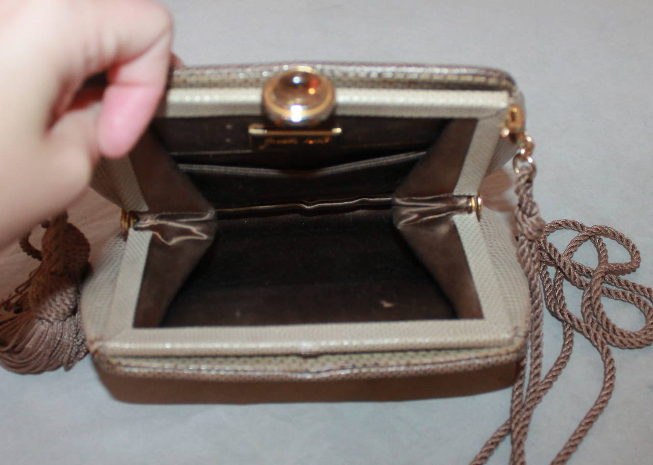 Judith Leiber Two Tone Taupe Karung Handbag - Circa 90's In Excellent Condition For Sale In Palm Beach, FL