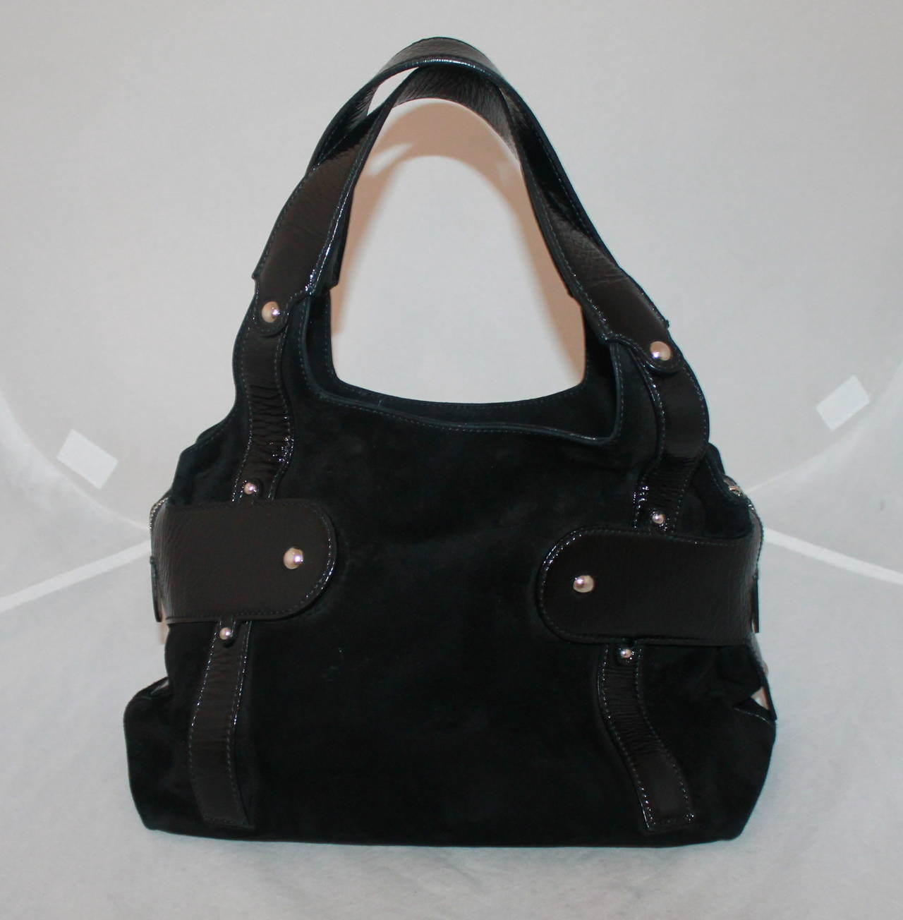 720bafcde1 Salvatore Ferragamo Black Suede   Patent Leather Shoulder Bag In Good  Condition For Sale In Palm