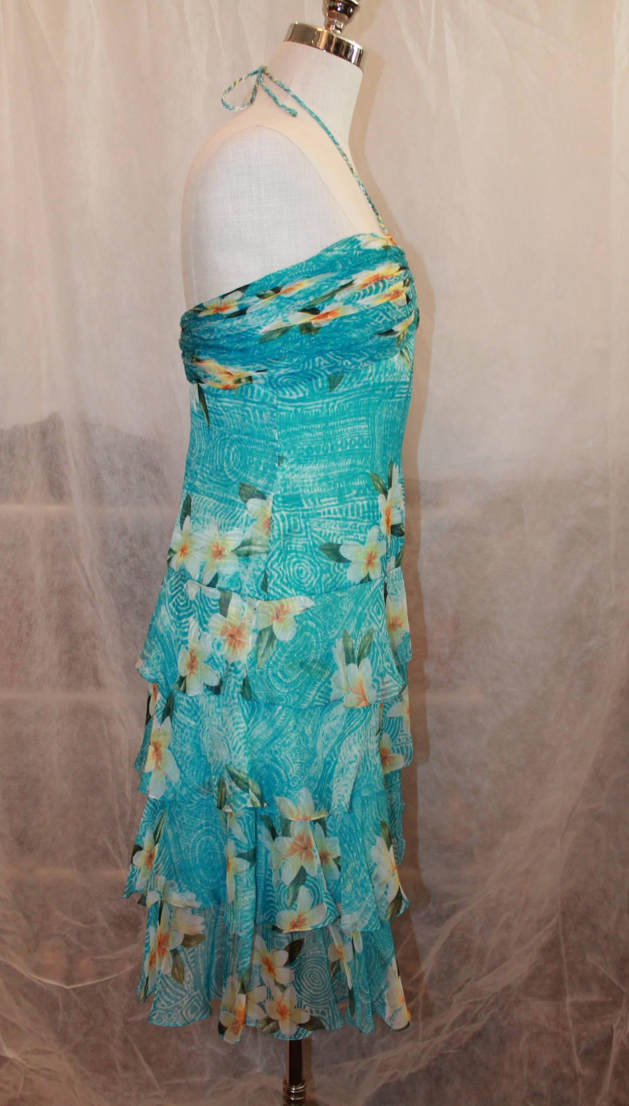 Women's Oscar de la Renta Blue Hawaiian Print Halter Dress & Shawl - 10 For Sale