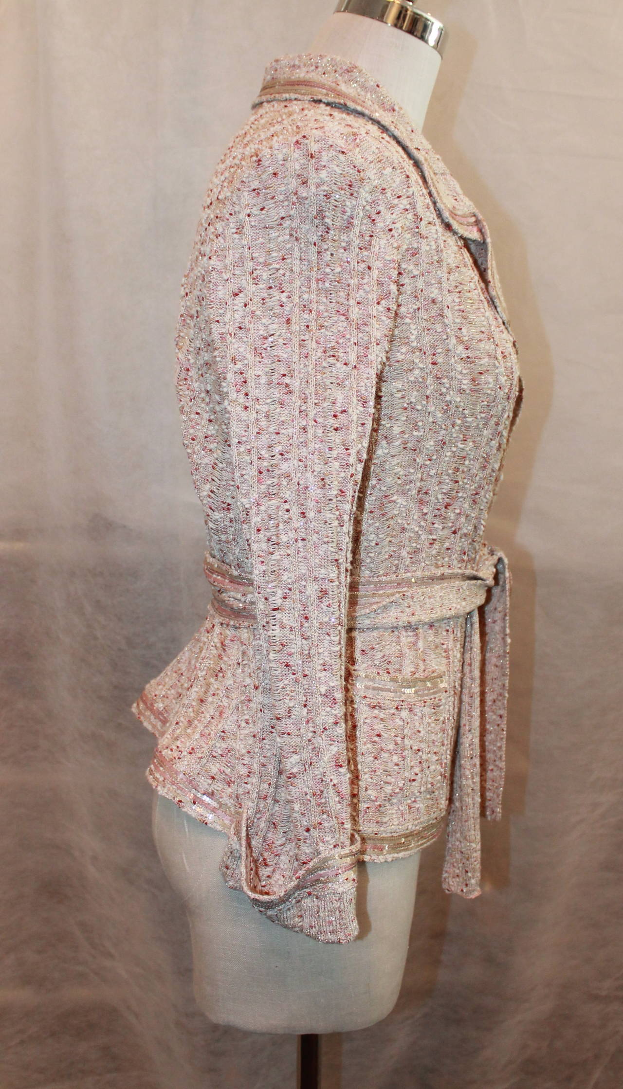 Chanel Beige Knit Jacket with Sequins - Size 40 - Circa 2006 4